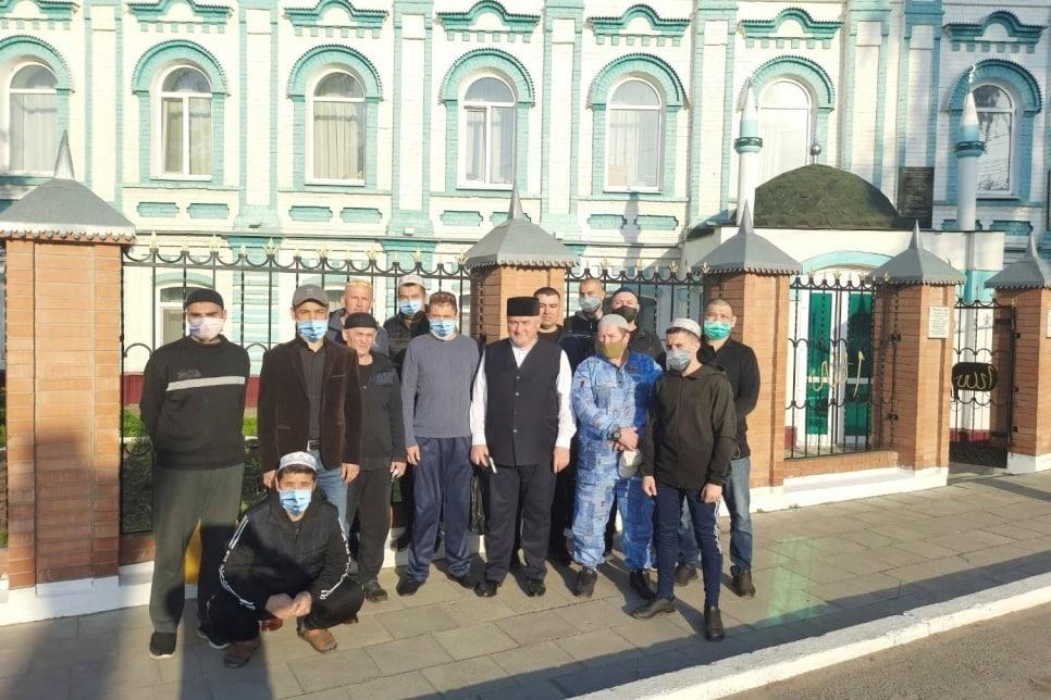 Осужденные в мечети