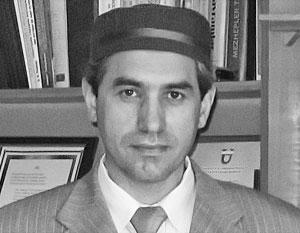 Максуд Садиков