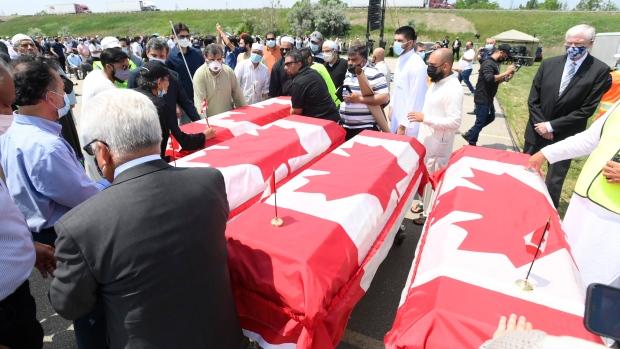 Кадр с похорон