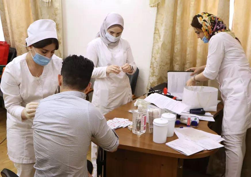 В Чечне объявили обязательную вакцинацию
