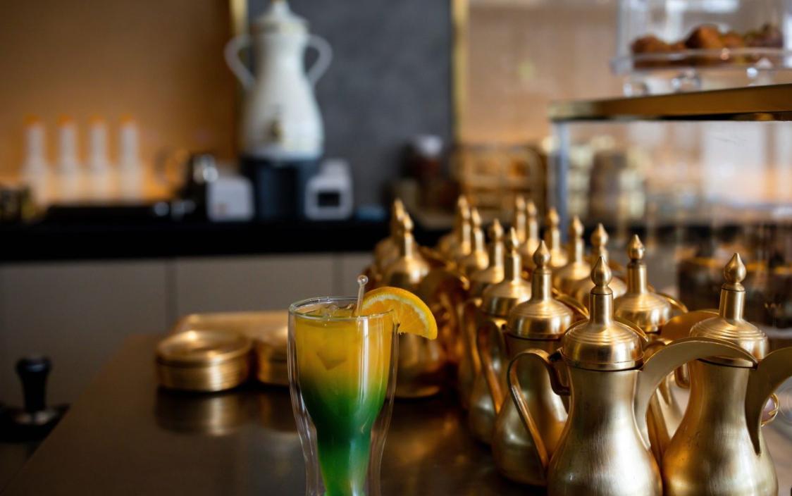 Безалкогольный коктейль в саудовском ресторане