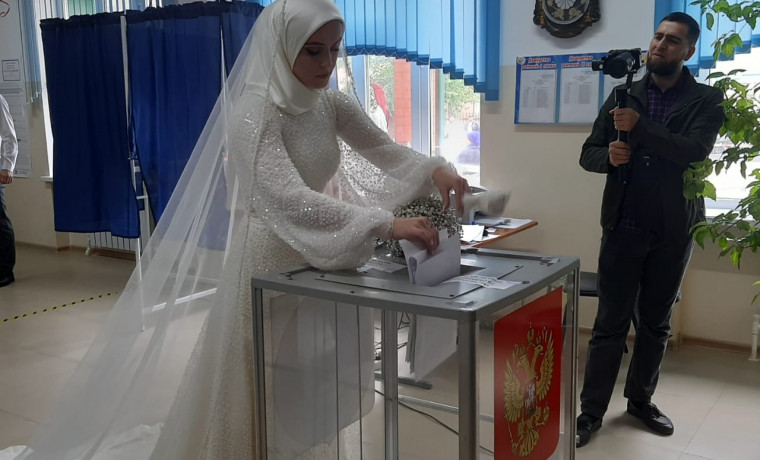 Голосующая невеста в Чечне