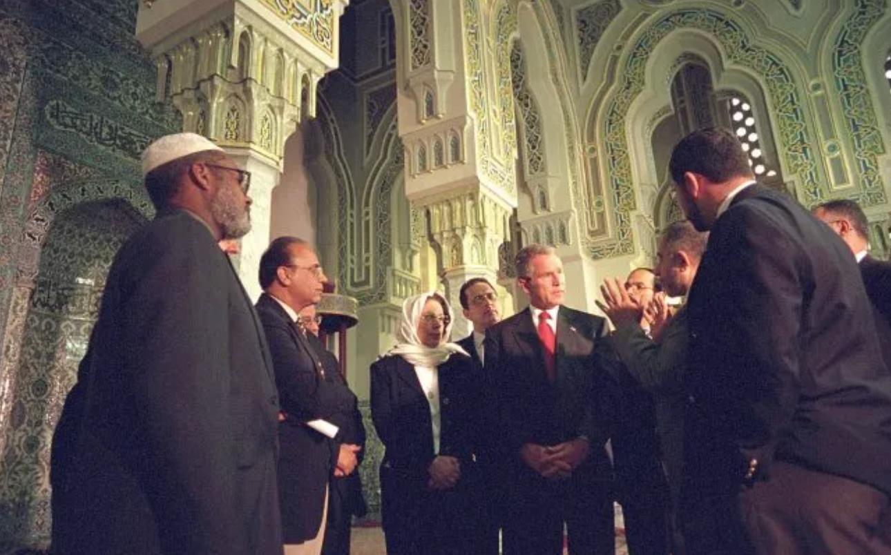 Джордж Буш в мечети Вашингтона