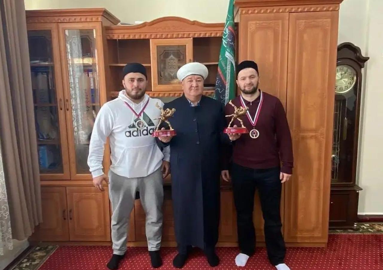 Муфтий с победителями