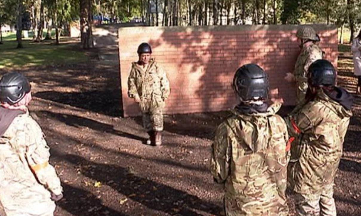 Мусульманкам дали возможность стать военнослужащими на один день